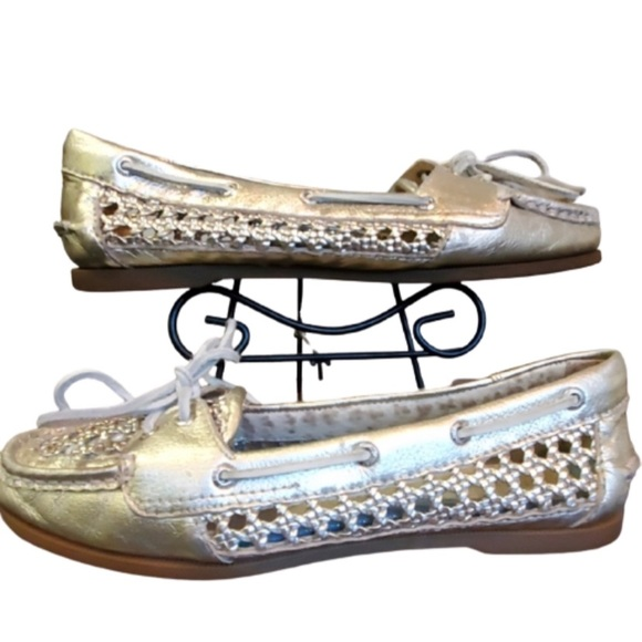 Womens Metallic Silver Leather Loafers